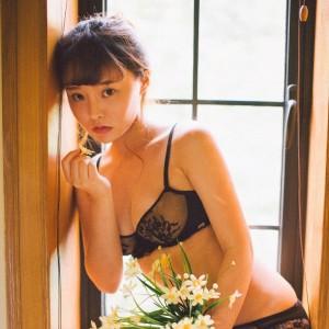Bololi 波萝社 Vol.122 柳侑绮可爱七宝死库水俏皮可爱的美眉
